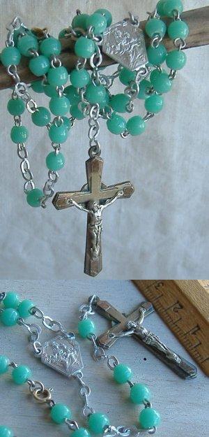 画像1: アンティーク十字架クロスロザリオネックレス エメラルドグリーン