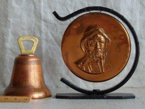 画像1: 素敵な音色がする鐘とオブジェの2点セット